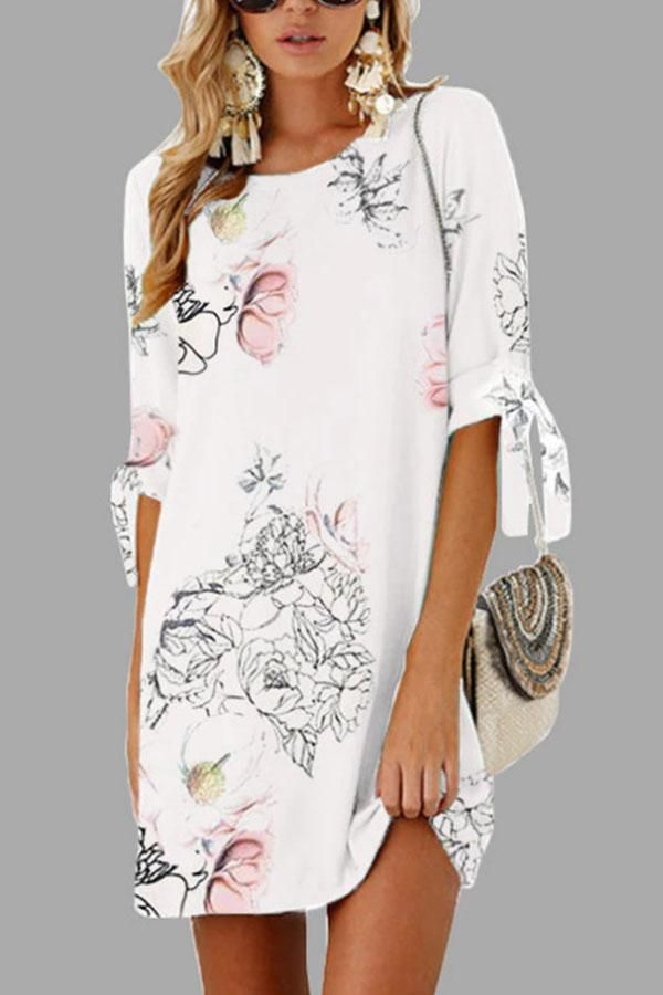 56dbfde245a Round Neck Floral Printed Half Sleeve Casual Dresses in 2019