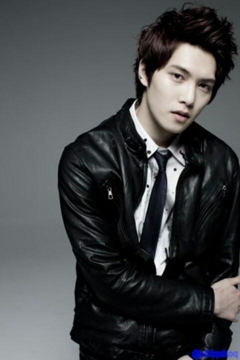 Lee Jonghyun (이종현)
