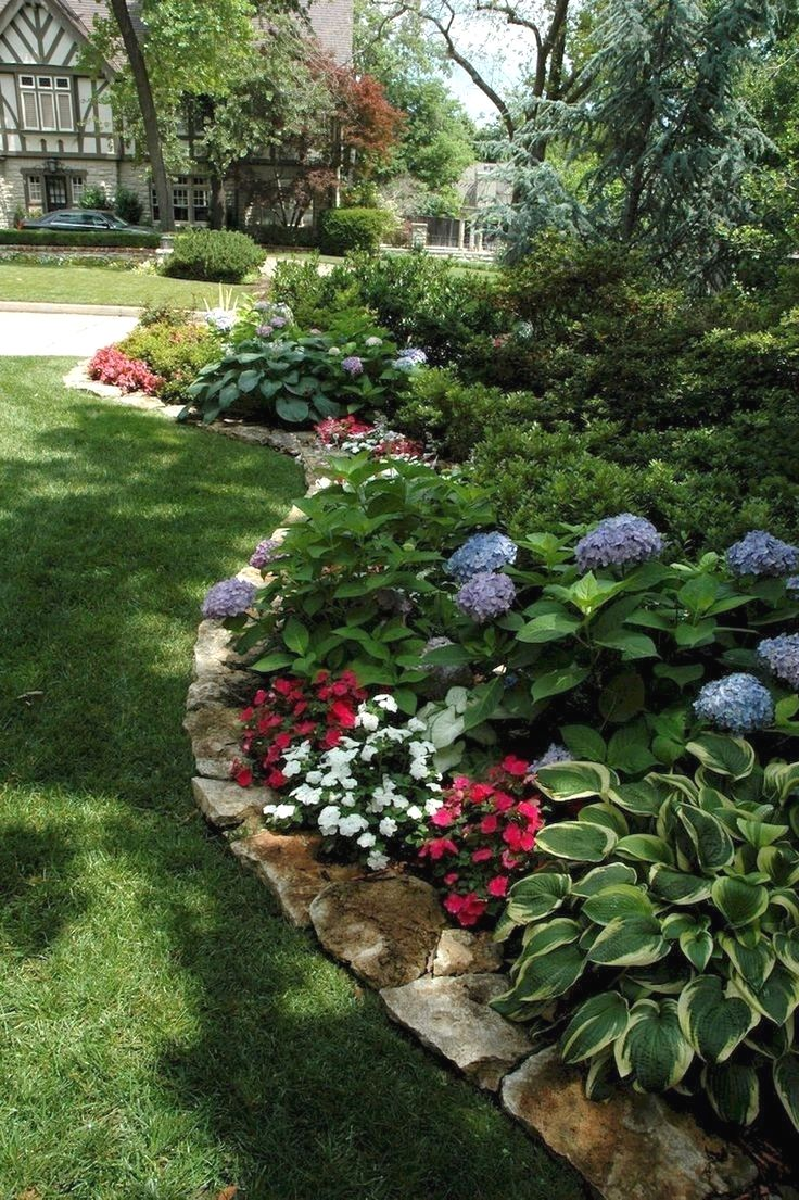 Gorgeous Back Yard And Front Yard Landscaping Ideas With Walkway17 Toparchitecture Landsc Shade Garden Design Porch Landscaping Small Front Yard Landscaping