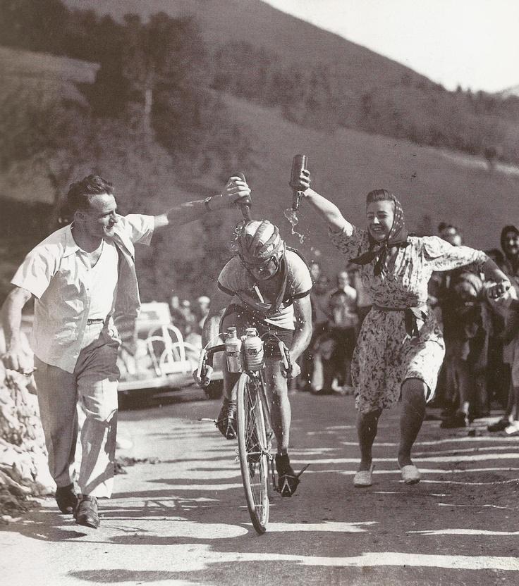 Jean-robic-tour-de-francia-1947-1.jpg