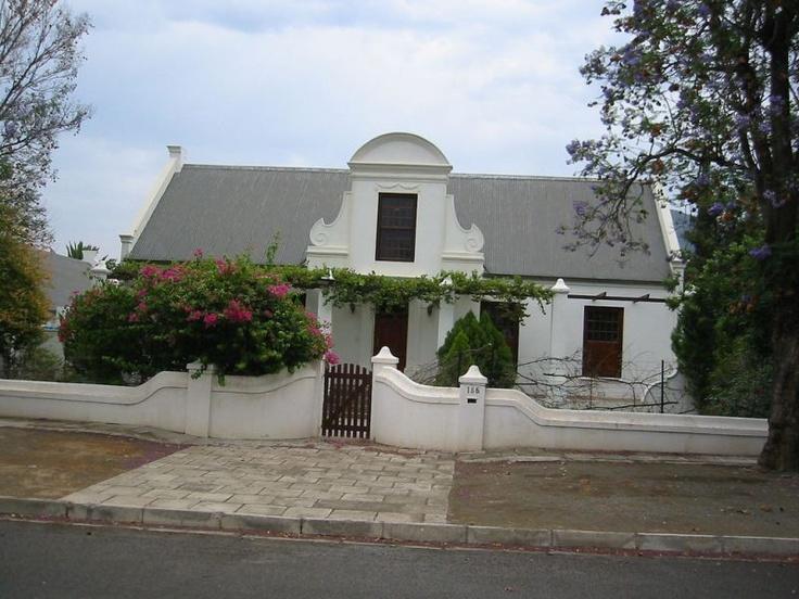 Cape Dutch architecture in Graaff Reinet. Photo courtesy Tjeerd