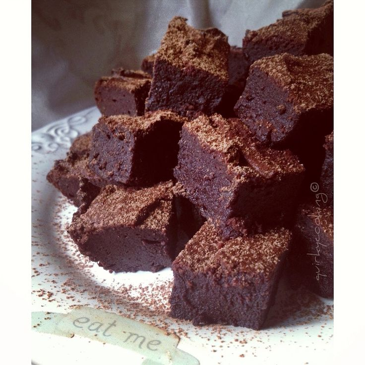 Gooey Flourless Fudge Brownies {with Video}   Quirky Cooking