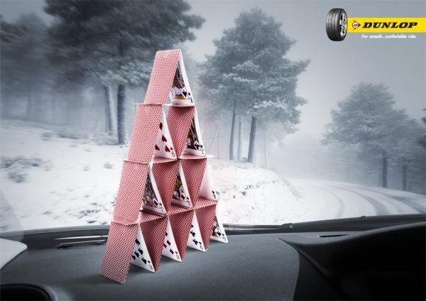 Une superbe publicité #Dunlop qui prouve la stabilité et le confort des #pneus de la marque !  Beaucoup de créativité pour ce visuel !