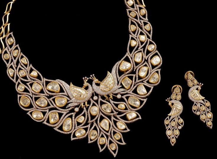 "This piece was awarded with ""Jewellers' Choice award"" at 10th annual ""Jaipur Jewellery Show"" in best Jewellery above Rs. 5 Lakh category."