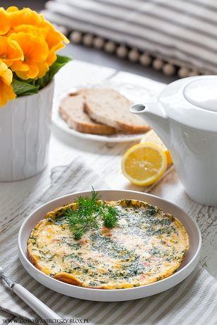 Kolejna sobota to kolejne 3 śniadaniowe propozycje :) Dziś w menu coś wykwintnego i eleganckiego, coś słodkiego i smak dzieciństwa. 1. Francuskie tosty