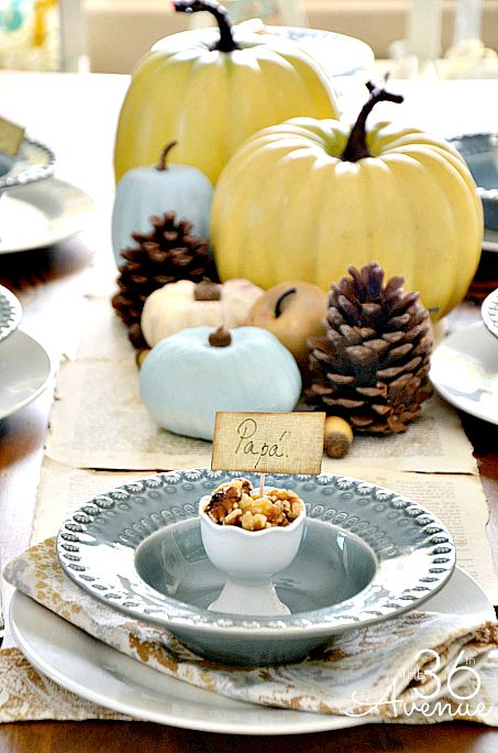 How to create a beautiful and affordable Thanksgiving Table Escape with things you already have. the36thavenue.com