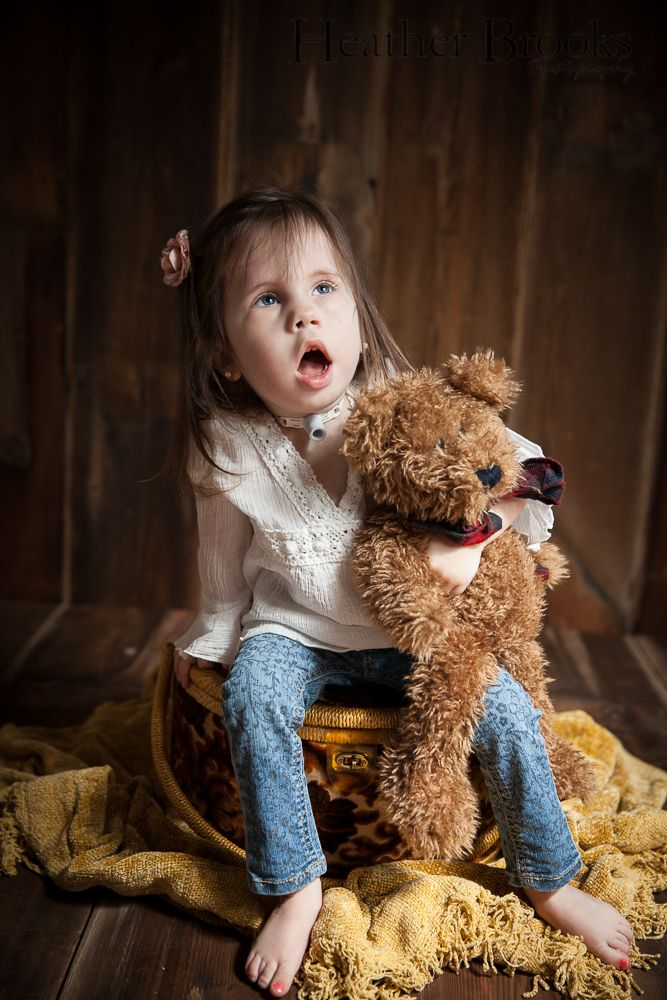 #heatherbrooksphotography #windsorchildrensphotographer #windsorchildrenphotography #essexchildrensphotographer #adorable #studiophotography #snapsocietydailyfav #littlegirl