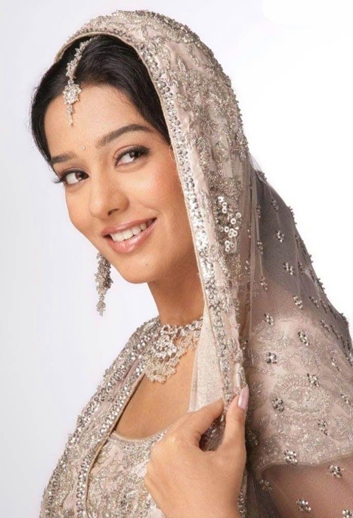 Amrita Rao in Bridal Wear https://blogonbabes.wordpress.com/2016/01/15/amrita-rao-in-bridal-wear/ #AmritaRao #BridalWear