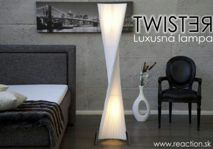 Luxusna stojanova lampa
