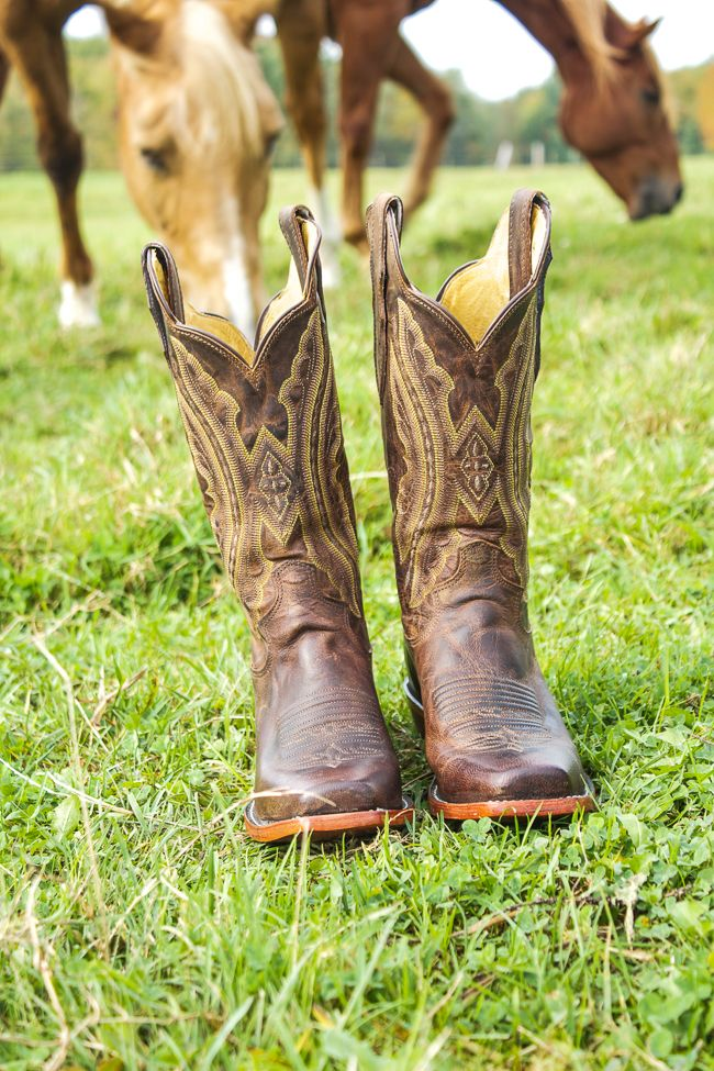 Enter to win a pair of Justin cowboy boots from Langston's Western Wear.