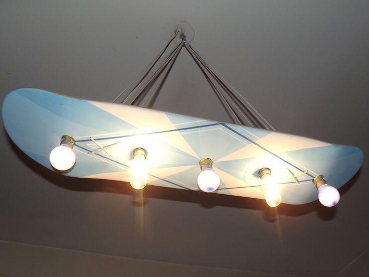 Ideal Lampe design skateboard bleue par JudahWasGood sur Etsy https etsy