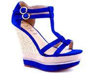 http://belladiva.org/15-perechi-de-sandale-cu-platforma-ieftine/