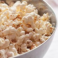 Stove Top Popcorn (No Microwave or Popcorn Maker Necessary!)