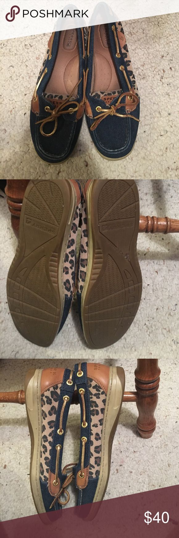 Jean/leopard Sperrys Size 8.5m woman, worn a couple of times. They are jean material on top and leopard print on sides and top of the tongue. Asking $40 Sperry Shoes