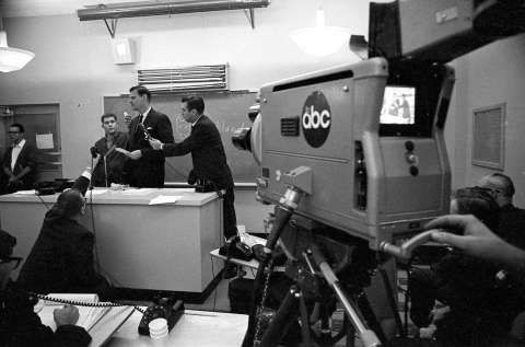 Texas Gov. John Connally's aide, Julian Read, at a press conference following the assassination of President John F. Kennedy Photo: Houston Chronicle / Houston Chronicle