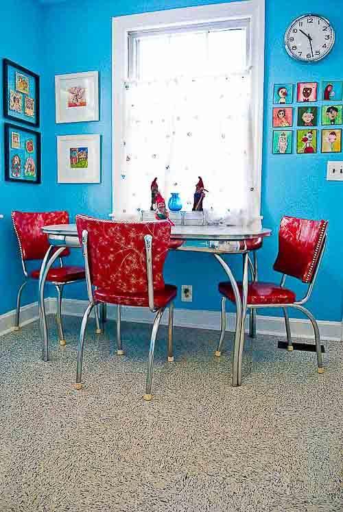 Brian Keri 39 S Happily Ever After 7 000 Kitchen Remodel Kitchen Dinette Sets White Area Rug