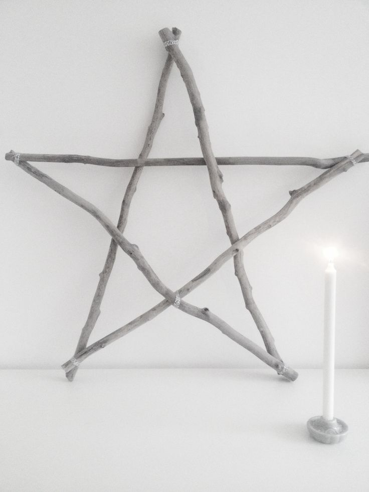 xmas crafting: wooden star in grey colors | Xmas decoration . Weihnachtsdekoration . décoration noël | inspiration |