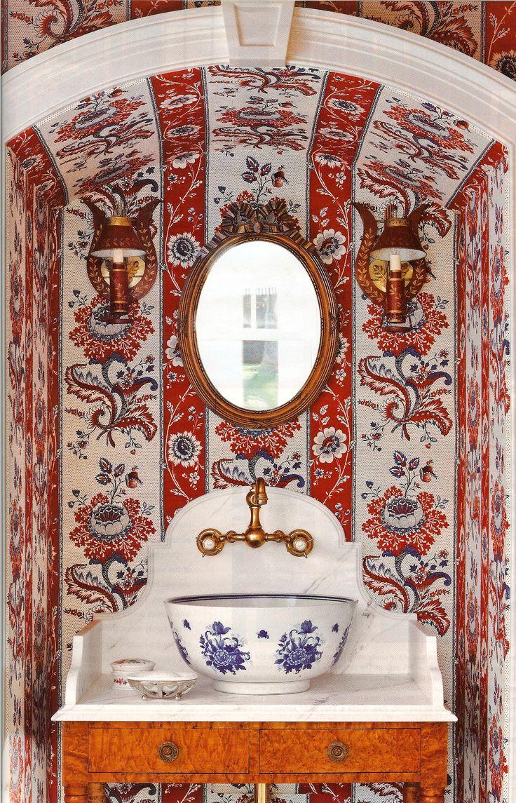 Powder room. #bagno #arredobagno #interior #design #bathroom #mirror