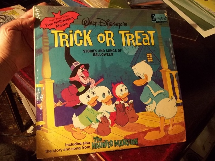 Vintage 1974 Walt Disney Trick Or Treat Halloween Record