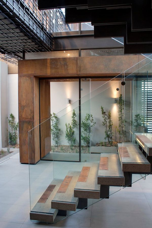 Imposing modern residence in South Africa: House Boz by Nico van der Meulen Architects
