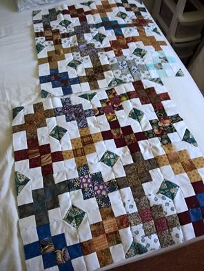 Garlic knots quilt pattern variation for Project Linus