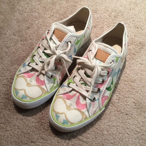 1000 ideas about cleaning tennis shoes on