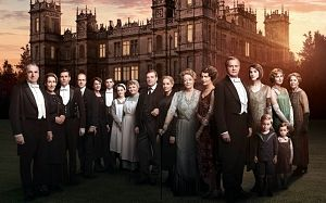 This is a really cool timeline that shows what was happening around the world and how it affected Downton.