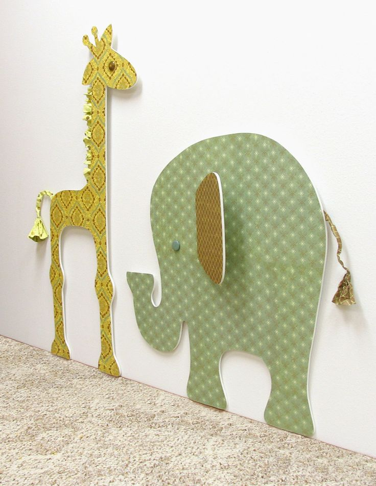 Kids' Room Animals, foam board & craft paper...you could do any shape or character with these!