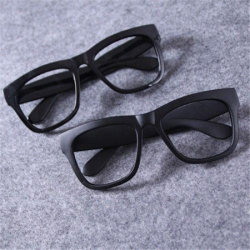 デコが広い顔が長い伊達メガネメンズキレイな太いフレーム、目立つアイテム。繊細な工芸、お得のダテメガネ。軽い材質、快適な感じ。材質:セル・プラスチックレンズ:無…
