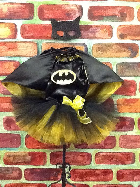 Batgirl, batman tutu set is the perfect costume for halloween or for a super hero themed birthday party!    Tutu costume comes with black blouse