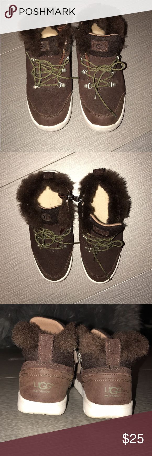 Kid UGG sneakers Kid UGG great condition worn once size 3 more like a size 21/2 that's y I'm selling them really cute UGG sneakers UGG Shoes Sneakers