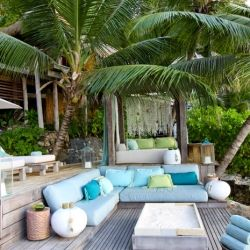 DESIGN THE LIFE YOU WANT TO LIVE: A gorgeous island hotel full of design inspiration. A must see!