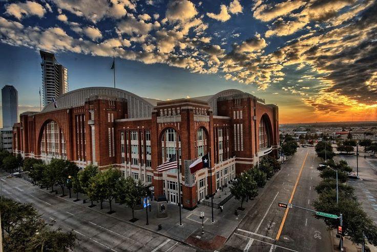 American Airlines Center - Dallas, Texas on RueBaRue