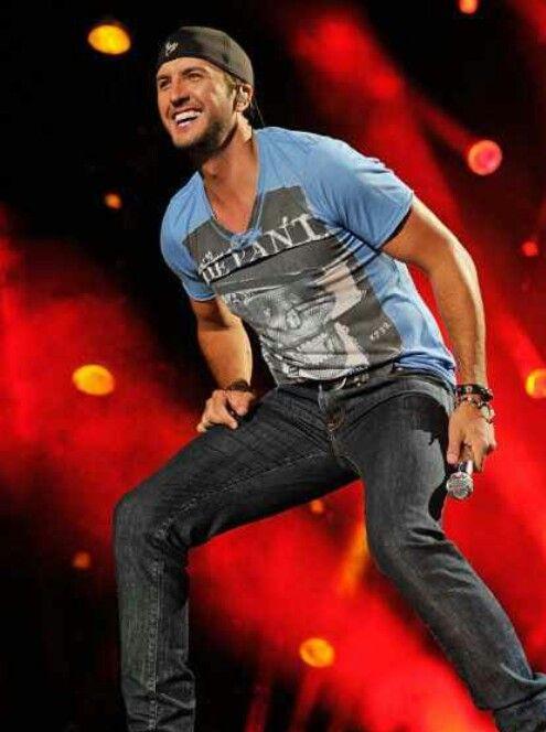 Luke Bryan - Crash My Party!
