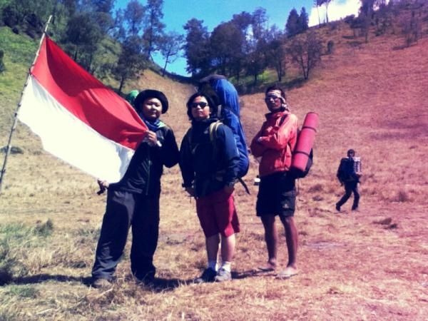 Ranukumbolo Mt. Semeru, east java< indonesia, with my bestfriends