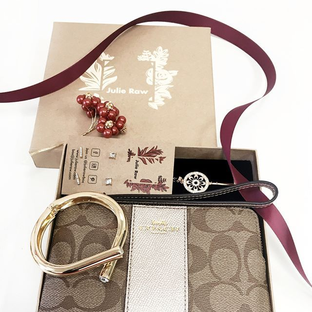 Julie Raw is Unique Gift Box feat Michael Kors, Fossil, Coach or Nixon watch Free delivery, As low as $55.99, no commitment