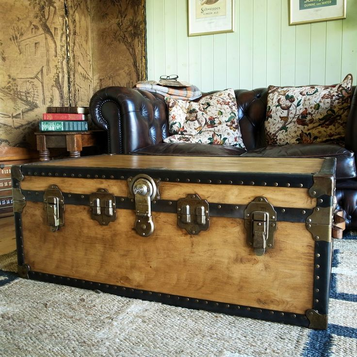 1000+ Images About Vintage Trunks & Chests On Pinterest