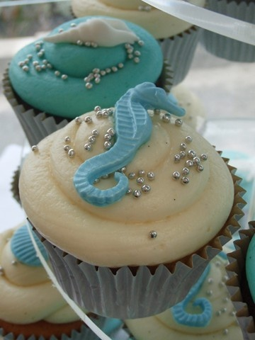 seahorse cupcake