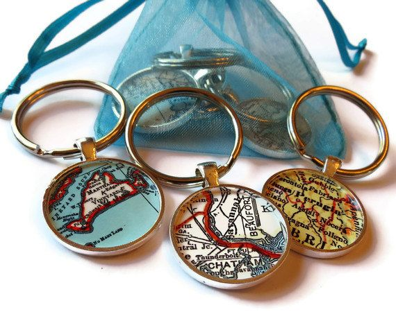 Custom Valentine's Day keychain, personalized map key chain for men, custom map pendant keychains for boyfriends and husbands