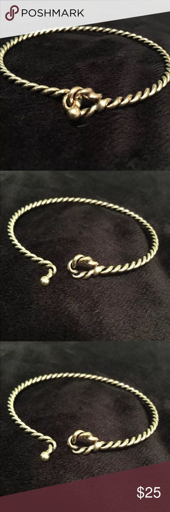 Unique & Classy Gold twisted bangle bracelet! A  simple, high quality hand twisted bangle in solid gold wire. This bangle is made of heavy wire hammered to create striking facets and hand shaped. A great gift for that special lady, bridesmaids, best friend, mom, sister, daughter, aunt and teacher! These are so versatile, wear them with casual or formal wear! Jewelry Bracelets