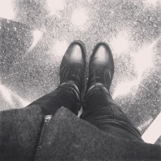Frio e de volta pras botinhas!!! #frio #curitiba