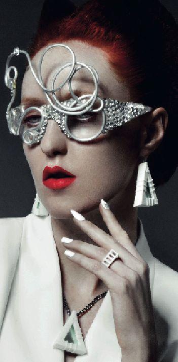 No.ise Magazine features Mercura NYC Sculpted Metal & Bubble eyewear, No.ise 12/2014, style two of three featured PHOTOGRAPHER tony veloz HAIR kahlil oliver MAKE-UP liz wegrzyn MANICURIST angela turner STYLIST kardia williams MODEL kimberly davis