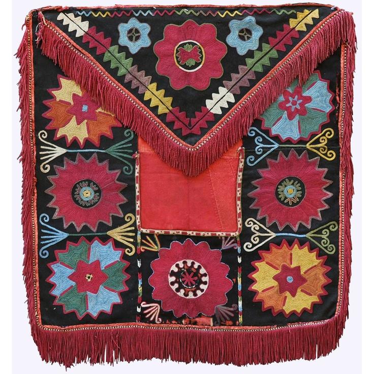 ILGICH LAKAI - antique uzbek nomadic textile, silk embroidery on felt foundation, natural dyes, 19th c.