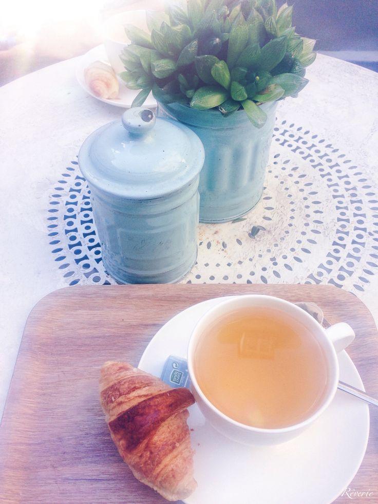 Garden Café in Paris