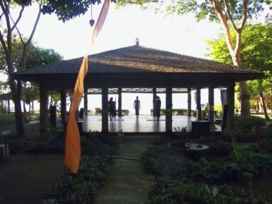 Laluna, winner of the Fodor's 100 Hotel Awards for the Casual Chic category #travel Daily yoga at beachfront yoga pavilion