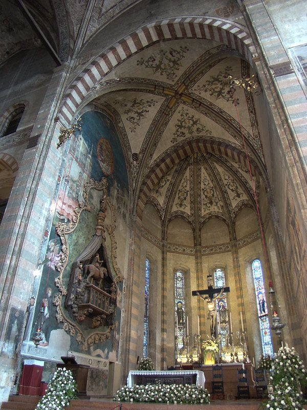 Sant'Anastasia, Verona, Veneto, Italy. Main chapel.