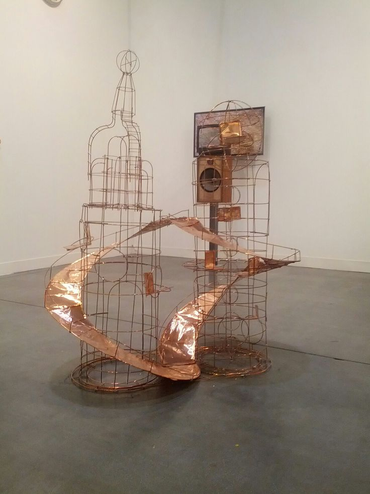 Pedro Cabrita Reis: una grata su arancio, 2012