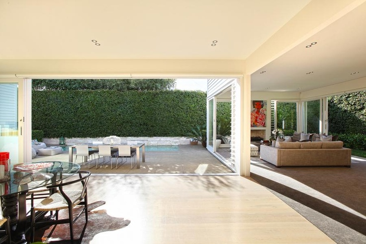 Flow btn formal and informal rooms