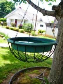 Eclectic Momma: DIY Bird Bath