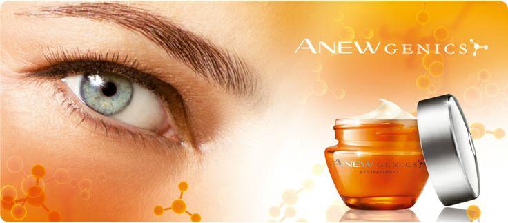 """AVON ANEW GENICS Augencreme. Aktivieren Sie Ihr Jugend-Gen! Unsere erste Augencreme mit der bahnbrechenden """"YouthGen""""™-Technologie revitalisiert die Augenpartie und lässt sie bis zu 10 Jahre jünger aussehen. Die Creme hilft, das Anti-Aging-Gen anzuregen und so den Gehalt an Kollagen und Hyaluronsäure in der Haut zu erhöhen. Sichtbare Zeichen der Hautalterung werden gemildert und das Ergebnis ist ein jüngeres und strahlenderes Erscheinungsbild der Augenpartie."""